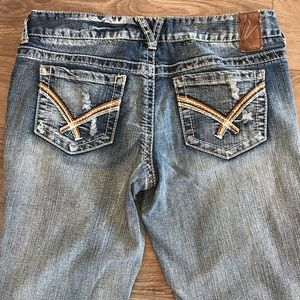 Vanity Jeans - Vanity jeans low rise light wash size 28w/35l tall